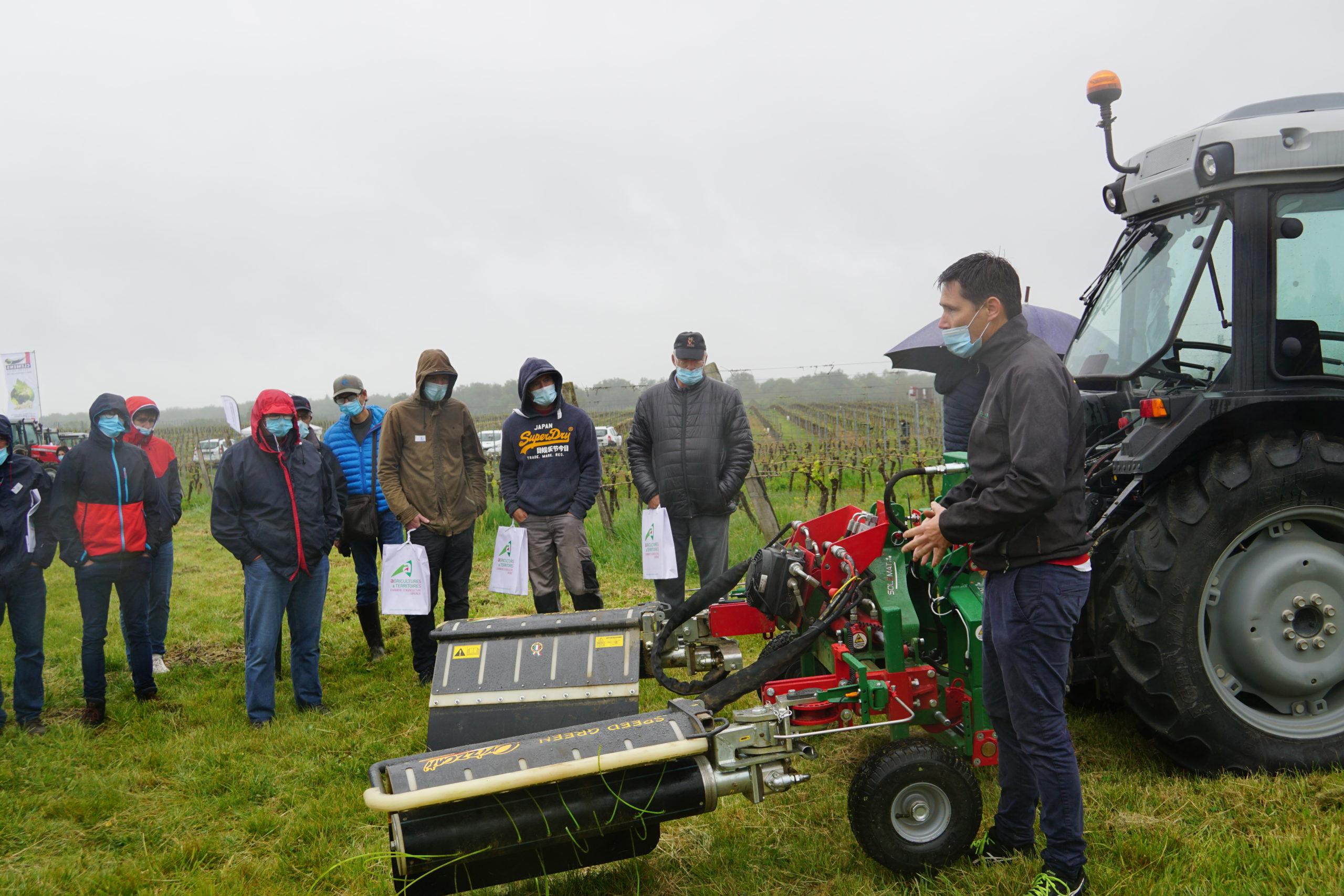 Sortie du glyphosate, les viticulteurs à la recherche d'outils alternatifs